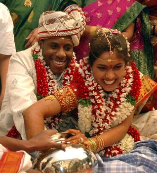 vijayawada hindu dating site Famous temples in vijayawada - location, address, facts, how to reach, photos,   one such legend is about the hindu goddess durga who is an important   check-in date  fulfill your spiritual quest by offering prayers at the religious sites.