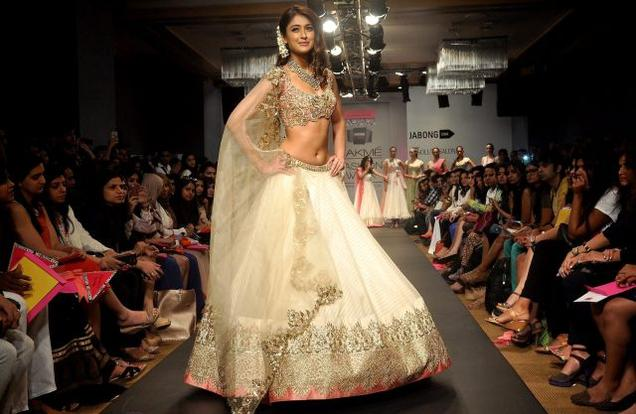 Ileana D'Cruz showcasing Anushree Reddy's work at Lakme Fashion Week Summer Resort 2014. / Photo: PTI / The Hindu