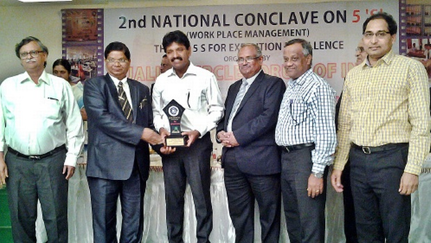RINL director (Personnel) GBS Prasad, receiving the award from Neethi Mohan, MD, Vaighai Agro Products Limited, in Madurai on Saturday. R Nagarajan, GM (CO & CCP) and G Gandhi are seen.