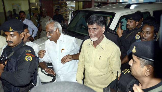 Andhra Pradesh Chief Minister N. Chandrababu Naidu arrives at the CMC Hospital on Friday.—Photo: C. Venkatachalapathy