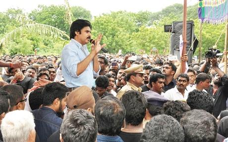 Pawan Kalyan addressing farmers at Penumaka village in Guntur