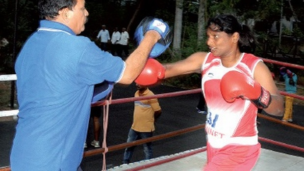 S Marathamma practising with National Boxing coach for Women I Venkateswara Rao in Visakhapatnam | Express