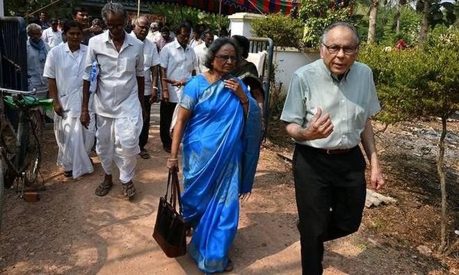 Showing the way: Kakarala Prasad and his wife Uma Devi at Venkataraghavapuram near Gudivada in Krishna district on Monday. | Photo Credit: CH_VIJAYA BHASKAR