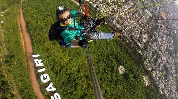 Andhra Pradesh First » Blog Archive » Skydive, paraglide and